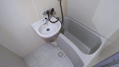 【浴室】ウエストパレスⅠ