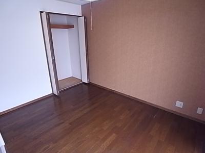 【寝室】グレース一番館