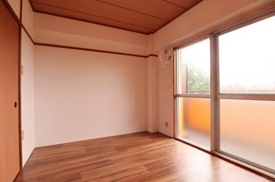 【寝室】オレンジHILL・T