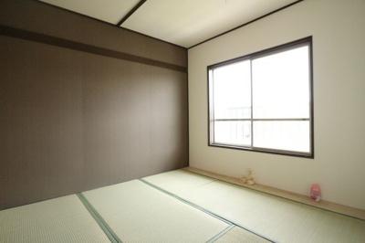 【寝室】狩口台住宅34号棟