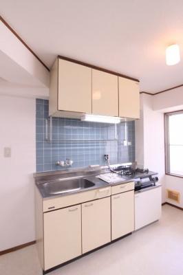 【キッチン】サンロイヤル霞ヶ丘