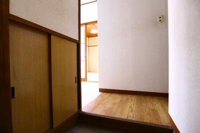 【玄関】赤羽ハイツ