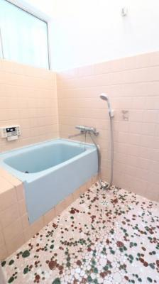 【浴室】歌敷山4丁目戸建