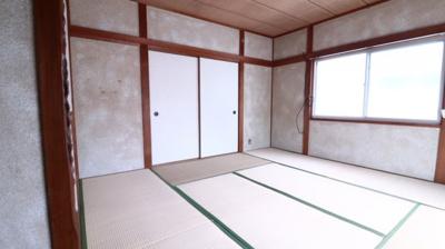 【寝室】歌敷山4丁目戸建