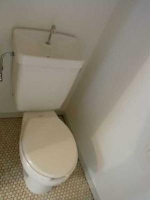【トイレ】ドミール大興Ⅰ バストイレ別 収納豊富 2口コンロシステムキッチン
