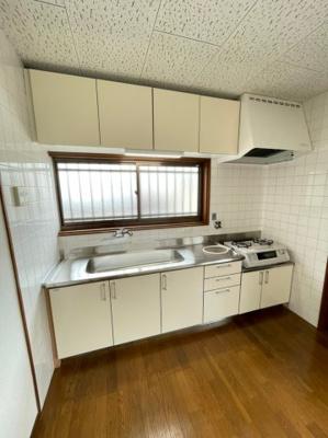 【キッチン】霞ヶ丘5丁目戸建