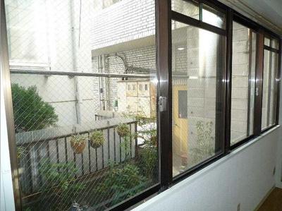 【展望】セゾン石塚 収納2ヶ所 室内洗濯機置場 洋室7帖