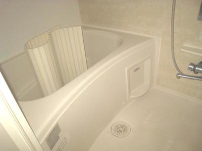 【浴室】ラ・クルシェットⅡ 独立洗面台 追炊き 浴室乾燥機