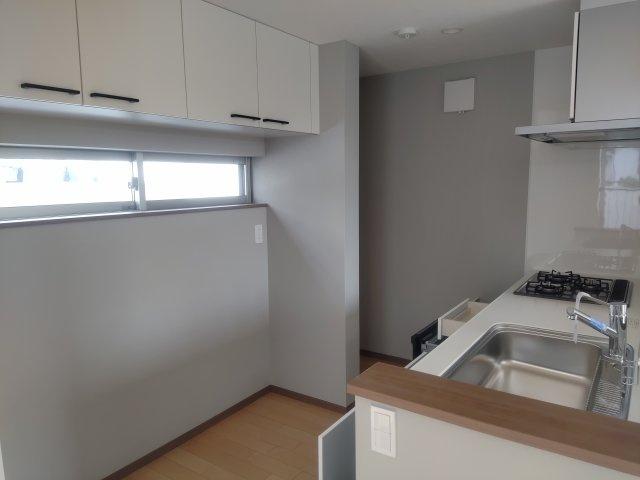 収納能力が良いです。下の空間も自由が利くので思いのままのキッチンに。