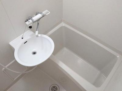 浴室換気乾燥機洗濯物も乾きます 混合水栓完備