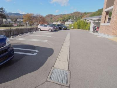 【駐車場】城泉タケノ B