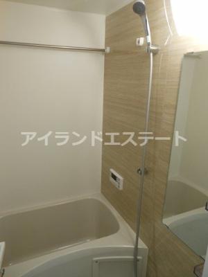 【浴室】クレイシア三軒茶屋 敷金0 ネット無料 築浅 ペット飼育可