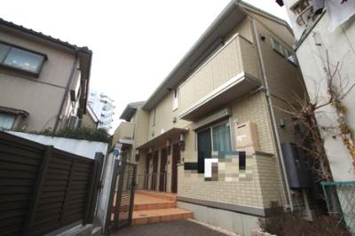 東急多摩川線「矢口渡」駅より徒歩10分のアパートです。