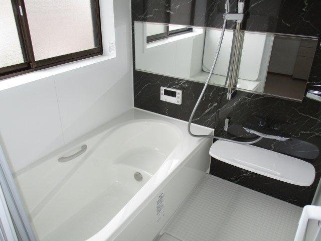 【浴室】常陸大宮市田子内町中古戸建