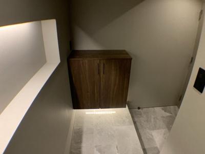 ※リノベーション施工イメージ画像(玄関) 実際の間取りとは異なりますが、ほぼ同じ広さのフルリノベーション施工例です。
