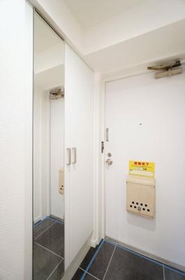 【玄関】ライオンズマンション西川口ヴィアーレ