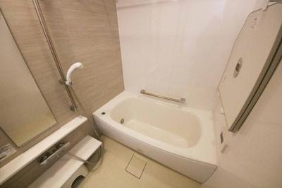【浴室】プラウド昭和楽園町テラス