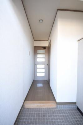 【玄関】KN21白銀