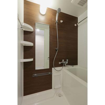 【浴室】エステムプラザ名古屋D.C.2027
