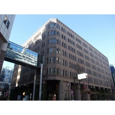 役所「新宿区役所まで2569m」