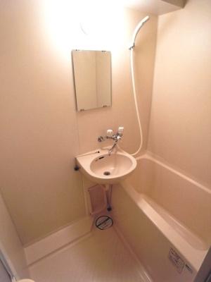 【浴室】ロイヤルガーデン千鳥町