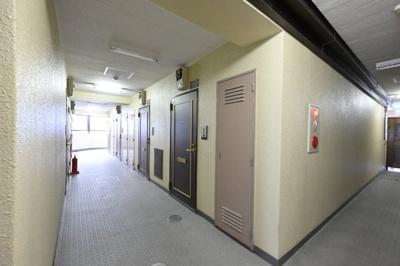共有部廊下