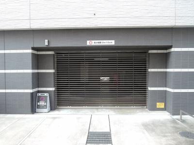 機械式の駐車場です。 お車をお持ちの方も安心です。