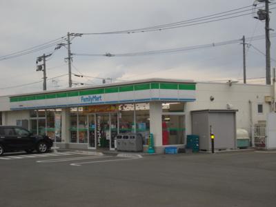 ファミリーマート若松ひびきの店まで2,041m