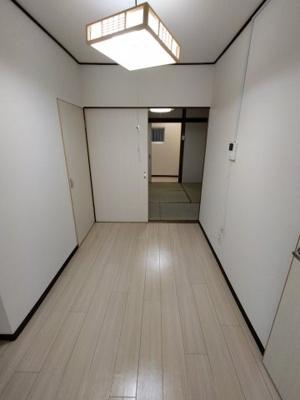 【居間・リビング】大蓮東5丁目貸家