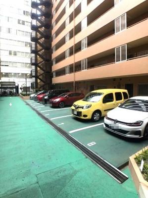 【駐車場】新大阪グランドハイツ一号棟