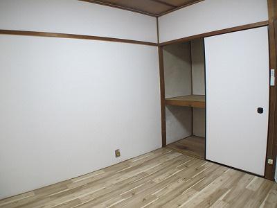 全室洋室ですので、掃除がし易いですね♪ 各部屋に収納があるのも嬉しいポイントです。