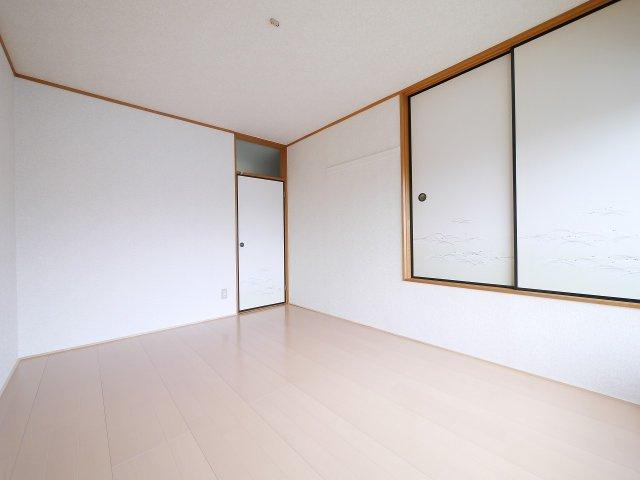 【洋室】ドミール六高台