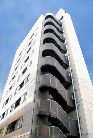 9階建ての建物です。