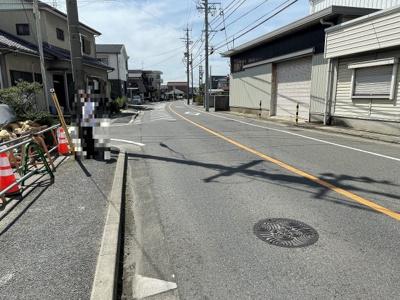 前面道路含む現地写真(2021年8月撮影)