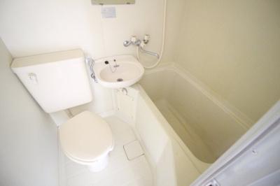 【浴室】ラシーヌ三明町