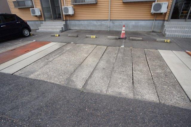 【駐車場】グランベール1