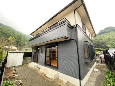 三井ホーム施工!4SLDKの再生住宅が登場!駐車並列3台可能です!