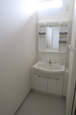 【独立洗面台】メゾンラピュタ1階