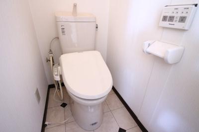 【トイレ】アーバン堂の前