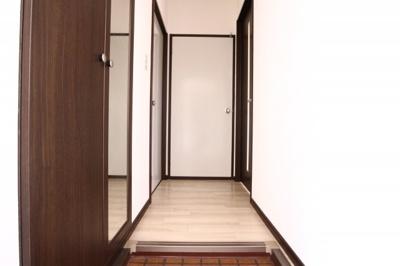 【玄関】アーバン堂の前