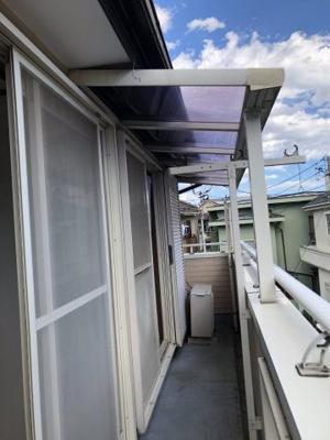 屋根付きバルコニー