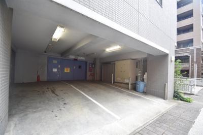 機械式駐車場あります。