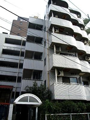 横浜駅徒歩圏内のマンションです。