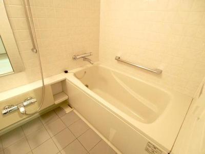 【浴室】パーク・アヴェニュー神南