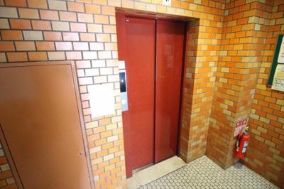 谷澤マンション エレベーター