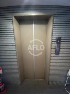 中津ヤマモトビル エレベーター