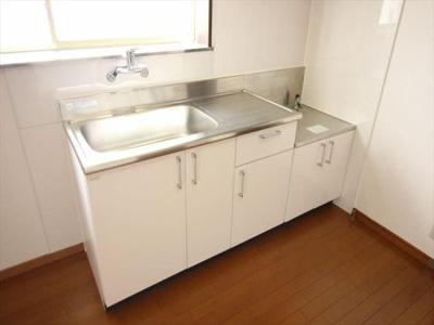 新品のキッチン台☆