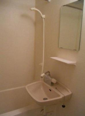 【浴室】ミリオンガーデン小石川(ミリオンガーデンコイシカワ)