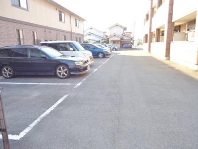 【駐車場】アコードパレス