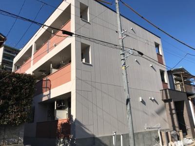 上大岡駅徒歩8分のマンションです